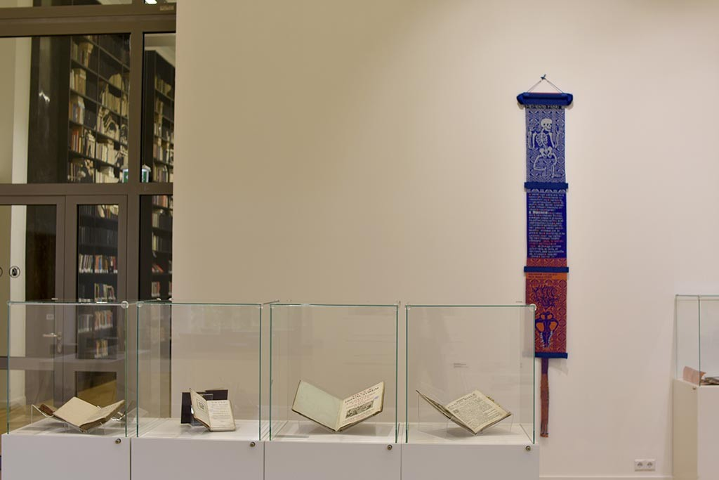 In the Artist's Book Exhibition in Vilnius we look at the contemporary artist's books through the old printed books