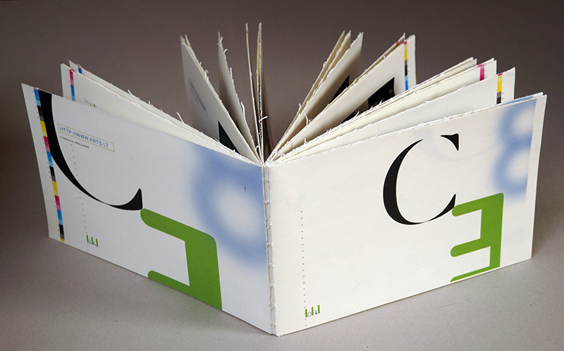 artists-book_catalogue-ce8-6