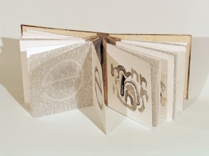 Artists-Book_Caelli-Jo_Brooker_Australia-2007